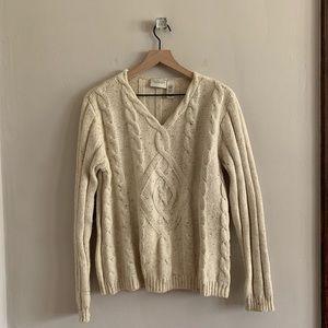 Liz Claiborne cream v-neck sweater